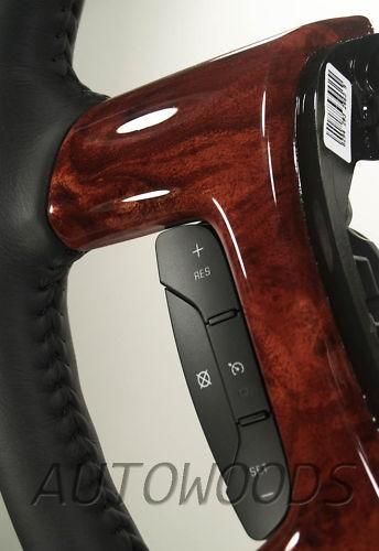 2007 chevy tahoe steering wheel in Steering Wheels & Horns