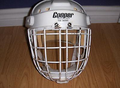Vintage Cooper SK 2000 Helmet Cooper HM50L Goalie Cage Hasek Combo