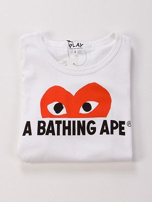 Comme des Garcons PLAY x A Bathing APE Male Tee Half Red Heart (S For