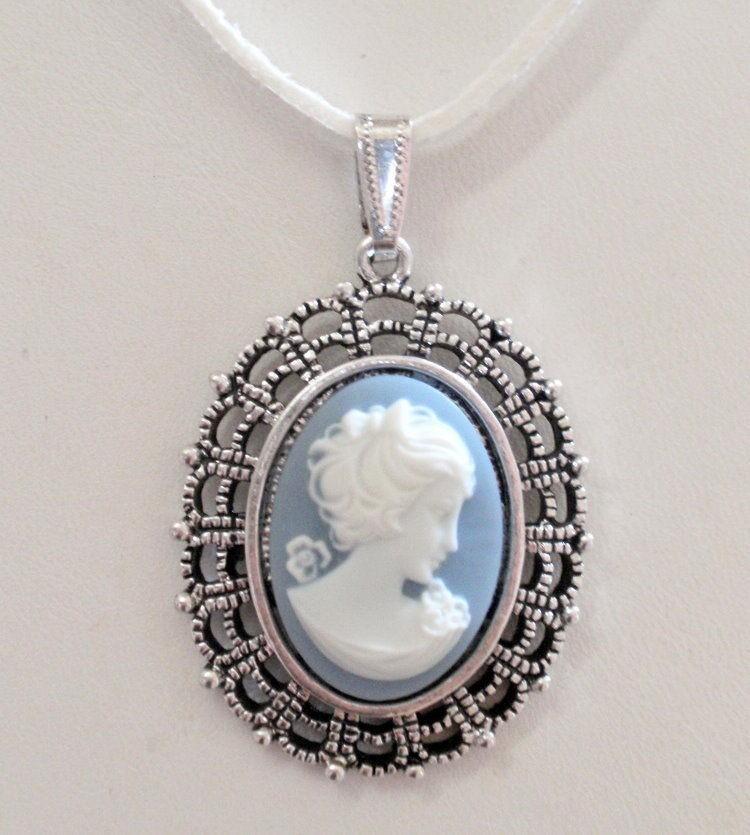 Portland (Dark) Blue & White Jasper GP Silver Pendant Necklace MIB