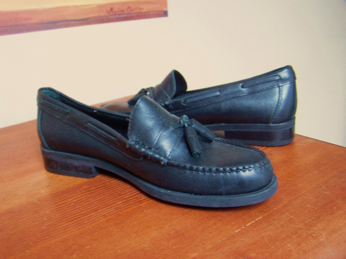 3e12f8d90cc NEW Colter Creek by H.S. Trask black tassle loafers soft leather sz 7M