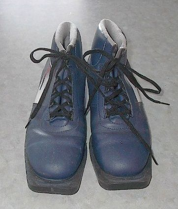 Cross Country Ski Boots 3 Pin 75 mm Size 7