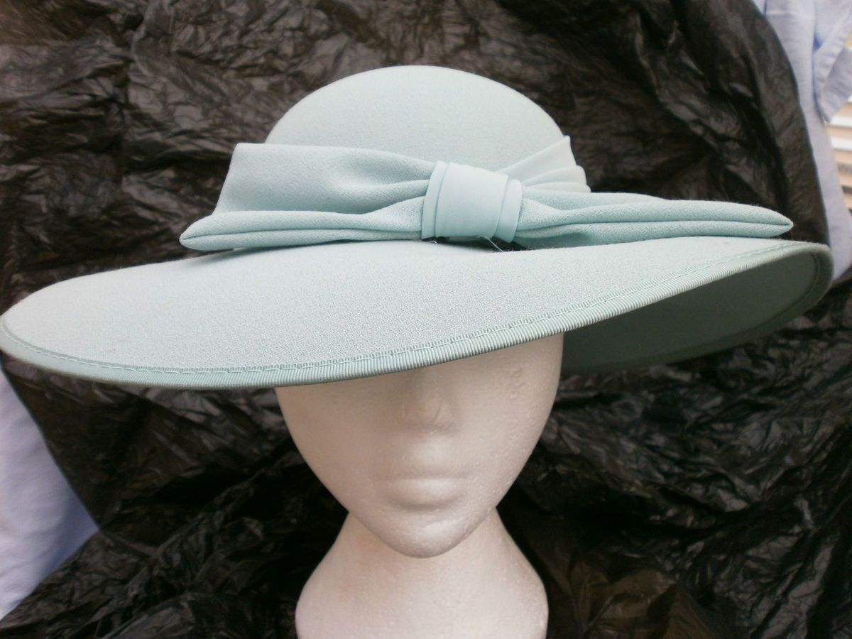 New Ladies Jacques Vert Light Green Material Wedding Church Hat BNWOT