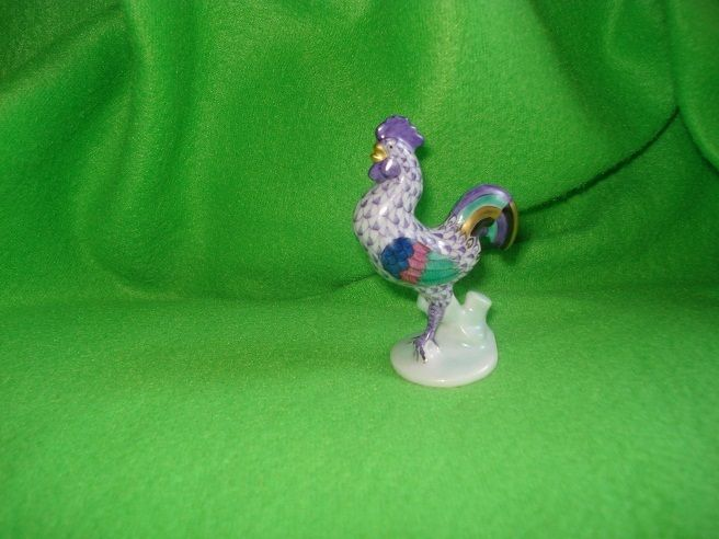 Herend Levander Fishnet Small Rooster Figurine