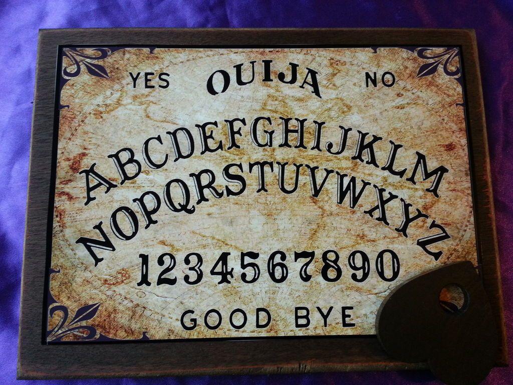 Bizarre Magick Old World Ouija Board & Planchett weeja fortune telling