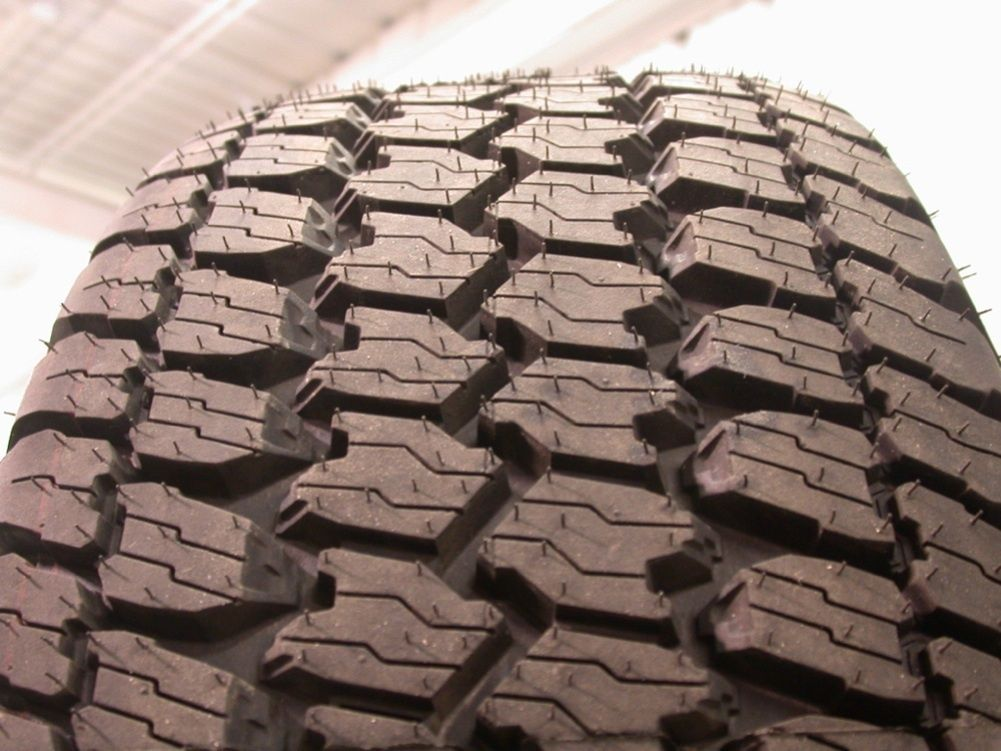 2012 GMC Sierra Yukon 17 Wheels Rims Tires Chevy Silverado Suburban