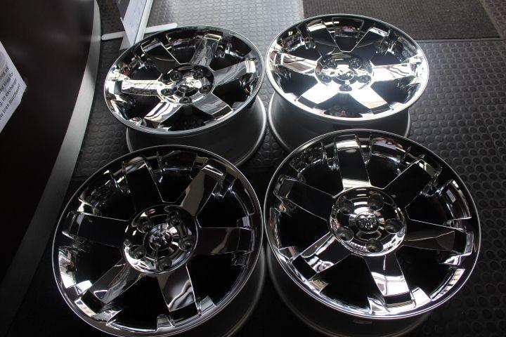 09 12 Dodge Ram 1500 20 Chrome Wheels with TPMS SENSORS Rims Cetercaps
