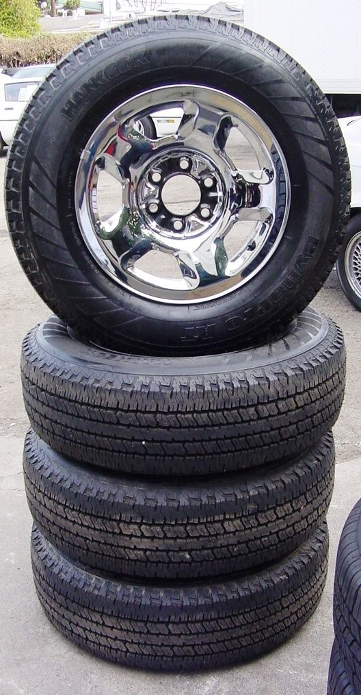 F150 2004   UP 17 INCH STEEL/CHROME OEM WHEELS & TIRES (SET 2 OF 2